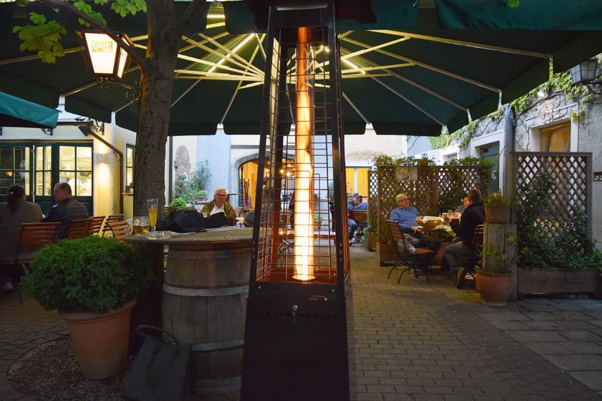Pelmondo Fire Lounge